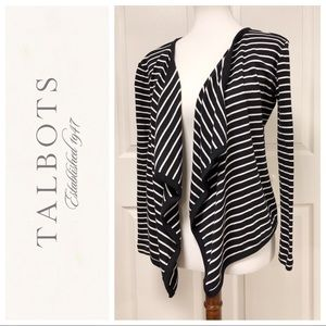 TALBOTS BLACK AND WHITE OPEN FRONT TOP LAYER